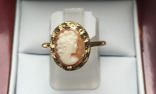 CAMEO RING 9 CARAT GOLD FANCY CAMEO 1 in Monthly Specials